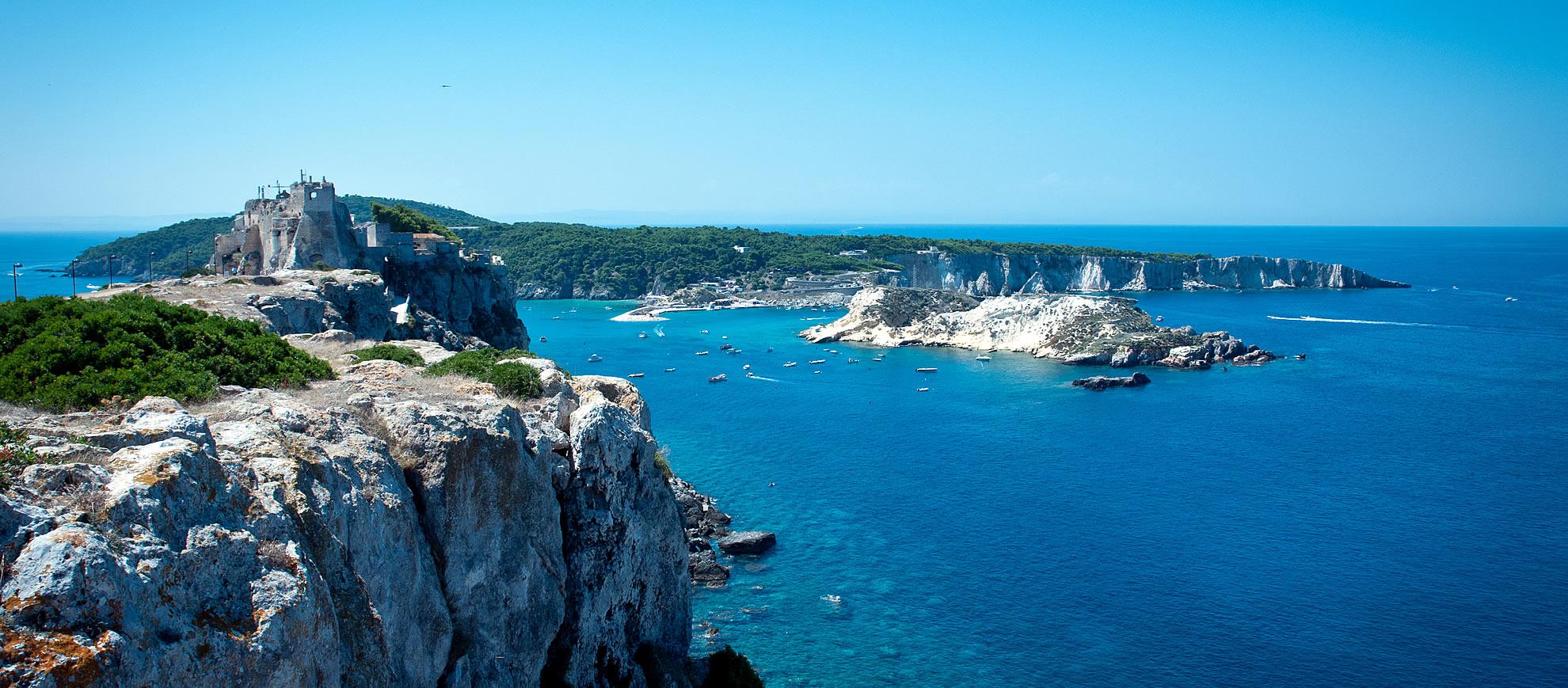 Immersioni alle Isole Tremiti | Zangardi Tours | Agenzia di viaggi e ...